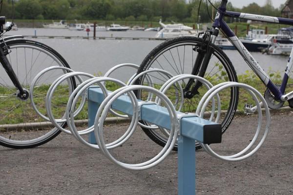 Fahrradständer Mattis in Sonderfarbe